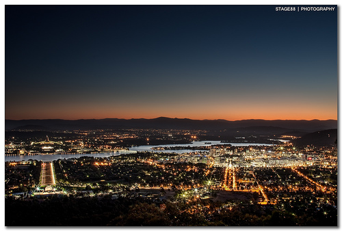 Canberra at night from Mt Ainslie